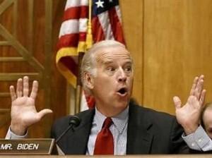 Biden_Hands_Up